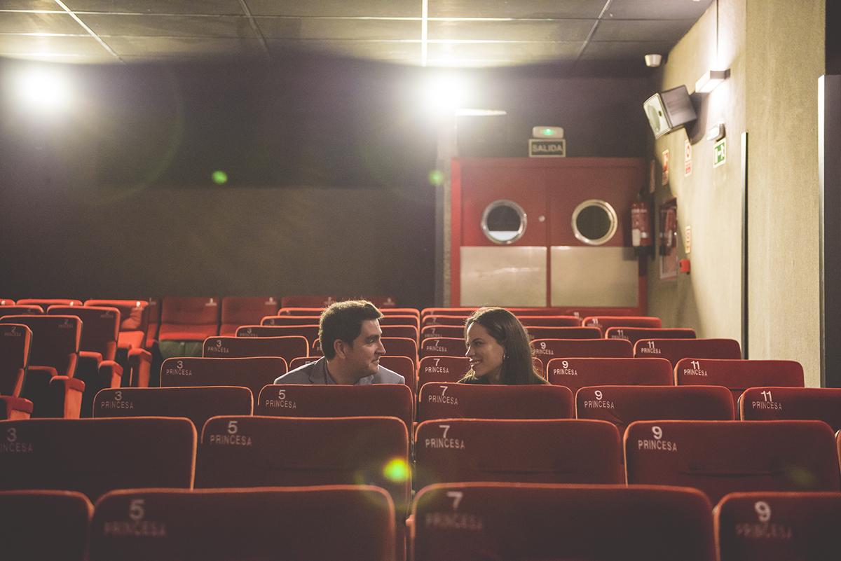 pareja cine